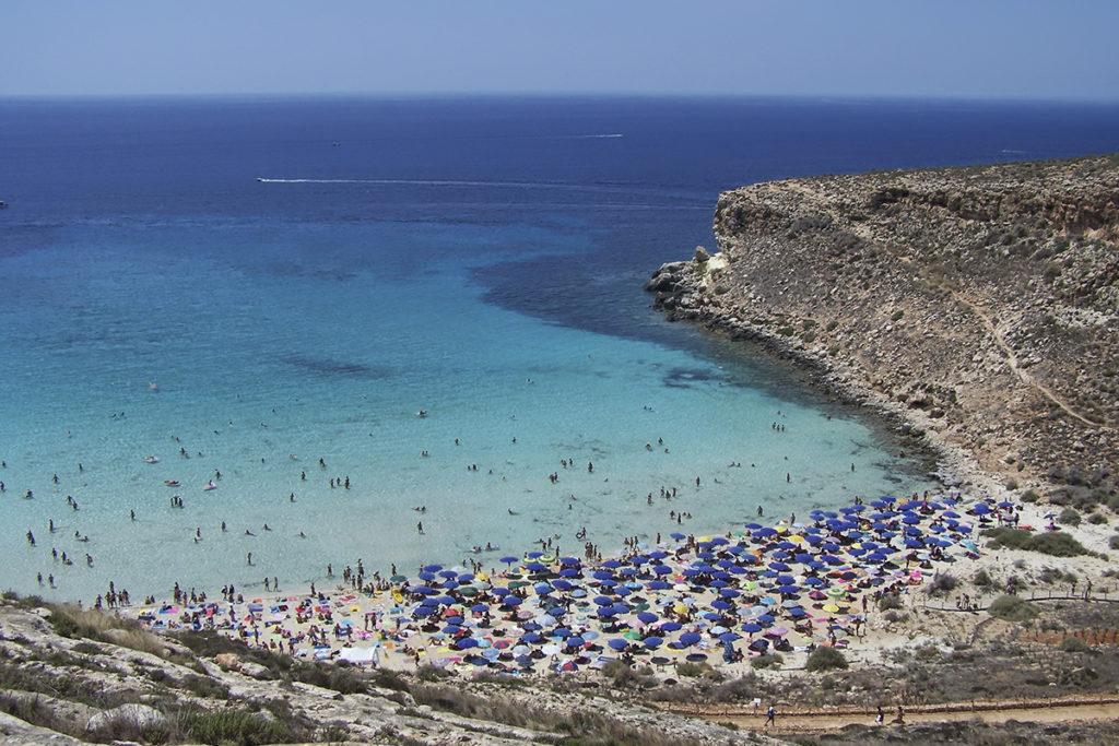 Playa en Lampedusa (istock)