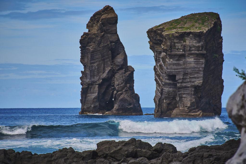 Mosteiros, es famosa por sus rocas volcánicas y por sus piscinas naturales. (iStock)
