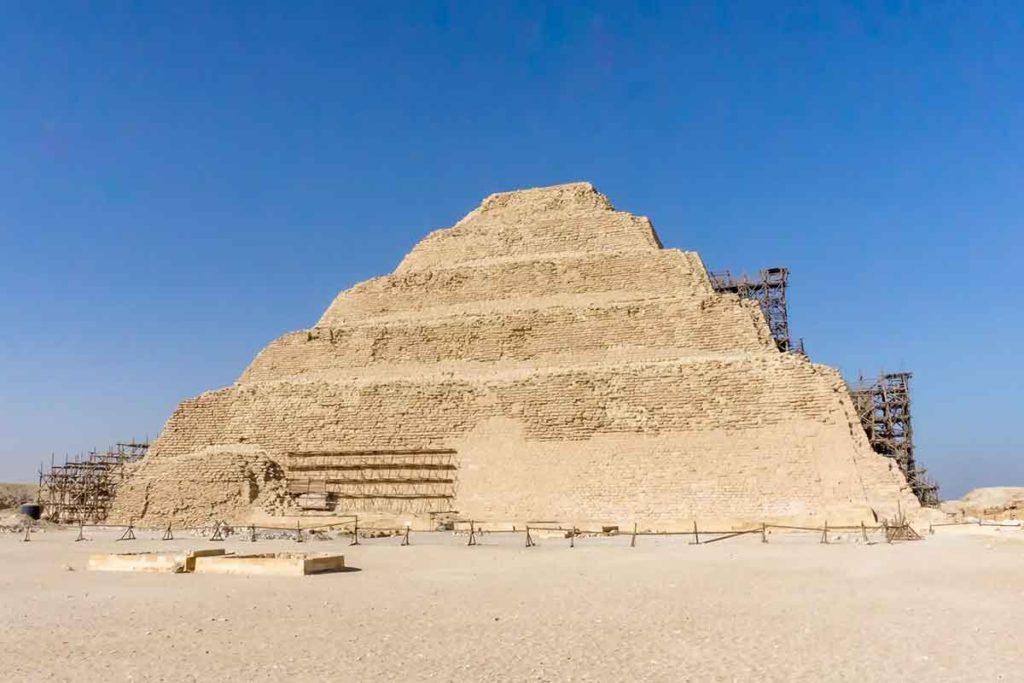 Pirámide de Saqqara (iStock)