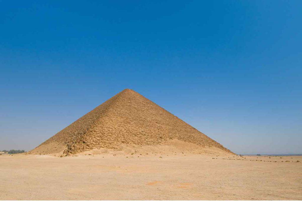 Pirámide roja de Dahshur (iStock)