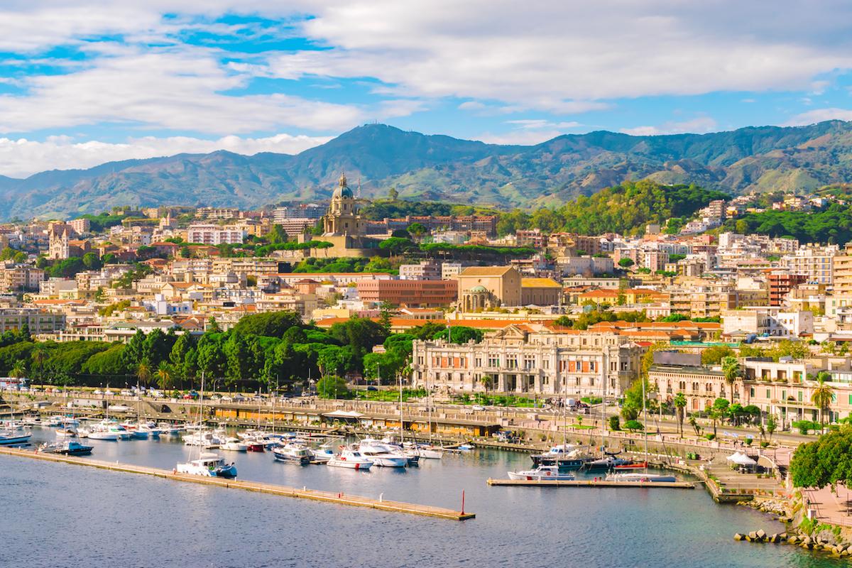 Messina es uno de los principales puertos de Sicilia (iStock).