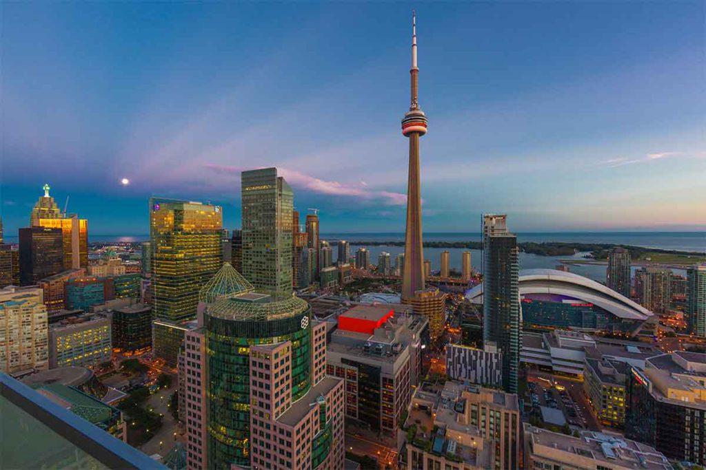 La Torre CN es la quinta más alta del mundo y la más alta de América (iStock)