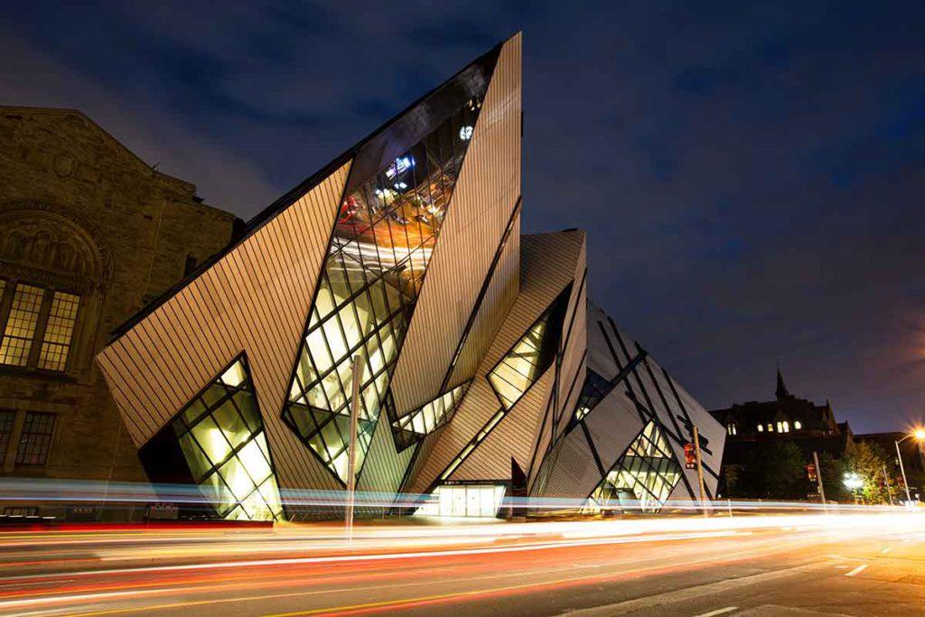 Royal Ontario Museum (iStock)