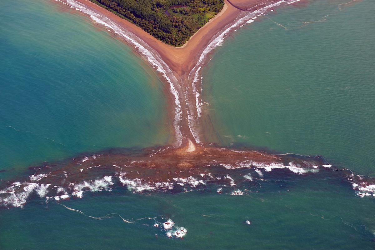 La característica forma de cola de ballena del parque nacional Corcovado (iStock).