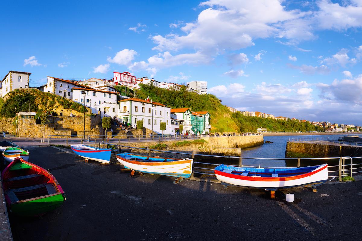 Puerto Viejo es un precioso pueblo de pescadores (iStock).