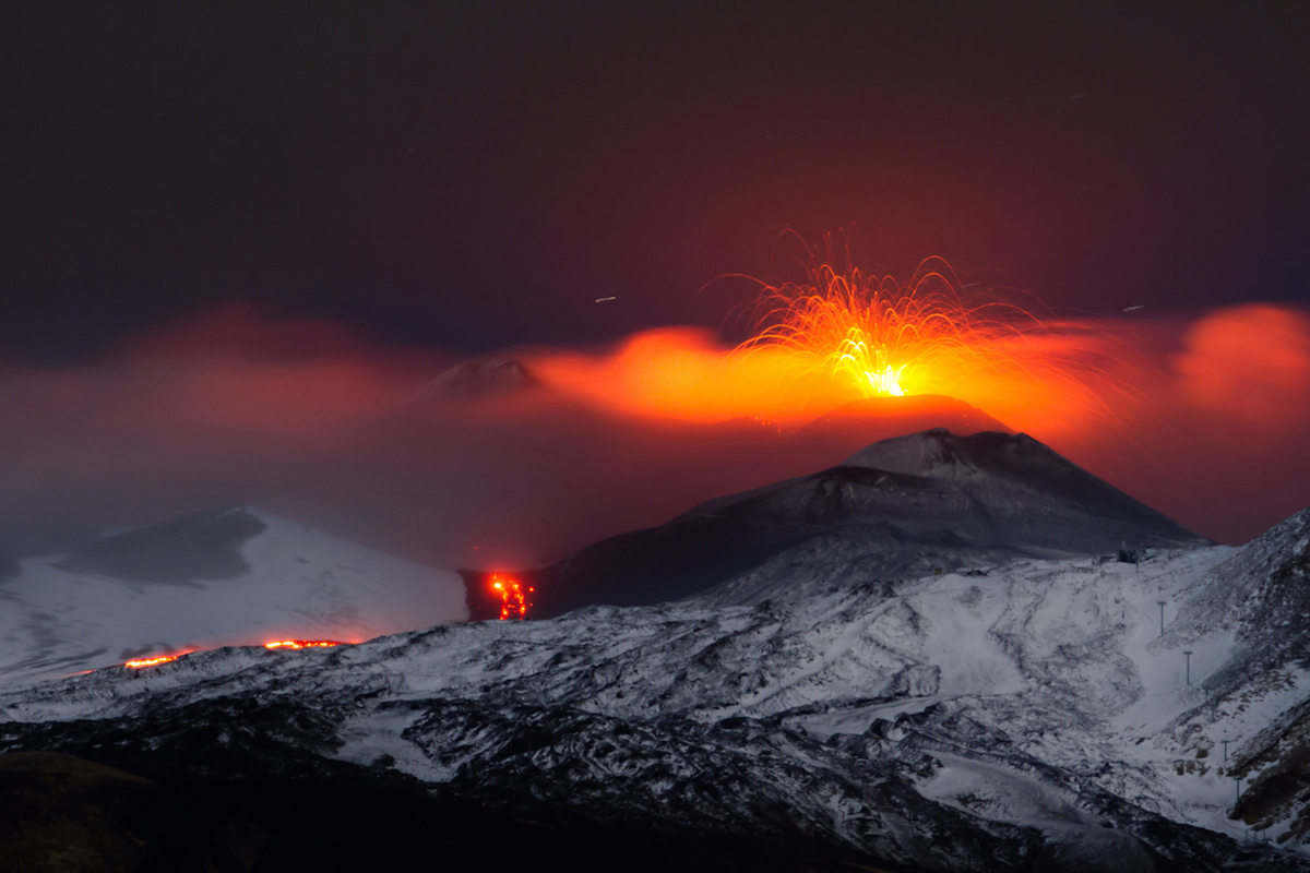 El Etna es uno de los volcanes activos más espectaculares de Europa (iStock).
