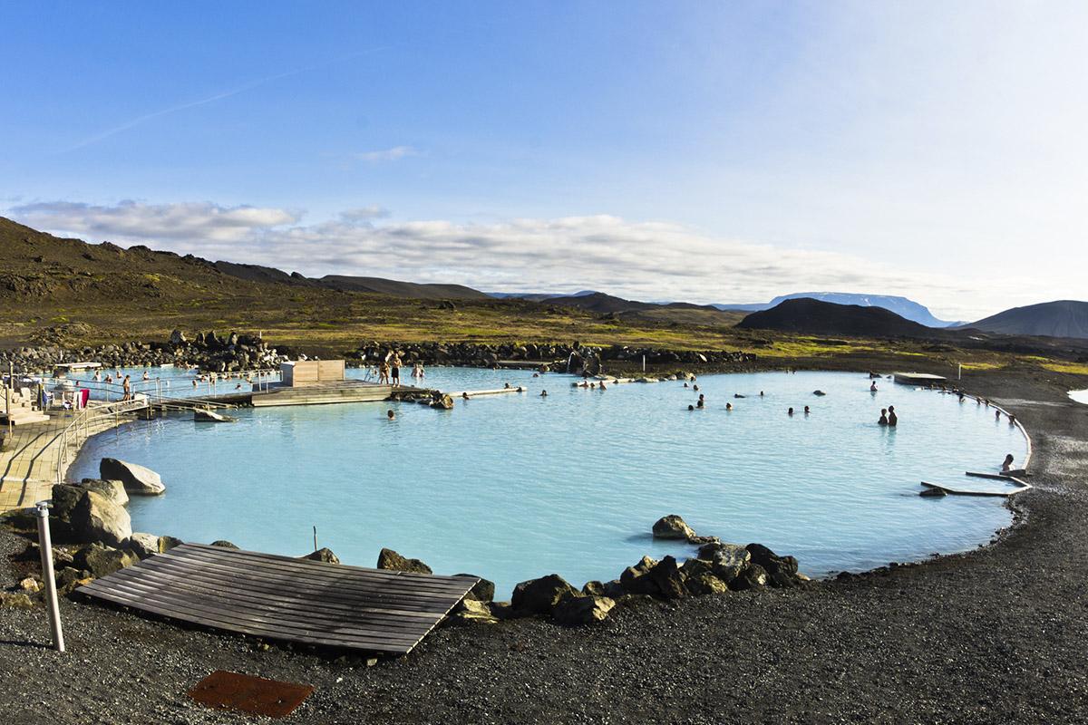 """Lago Mývatn significa """"lago de las moscas enanas"""" (iStock"""