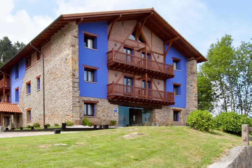 Hotel Atxurra (hotelatxurra.com)