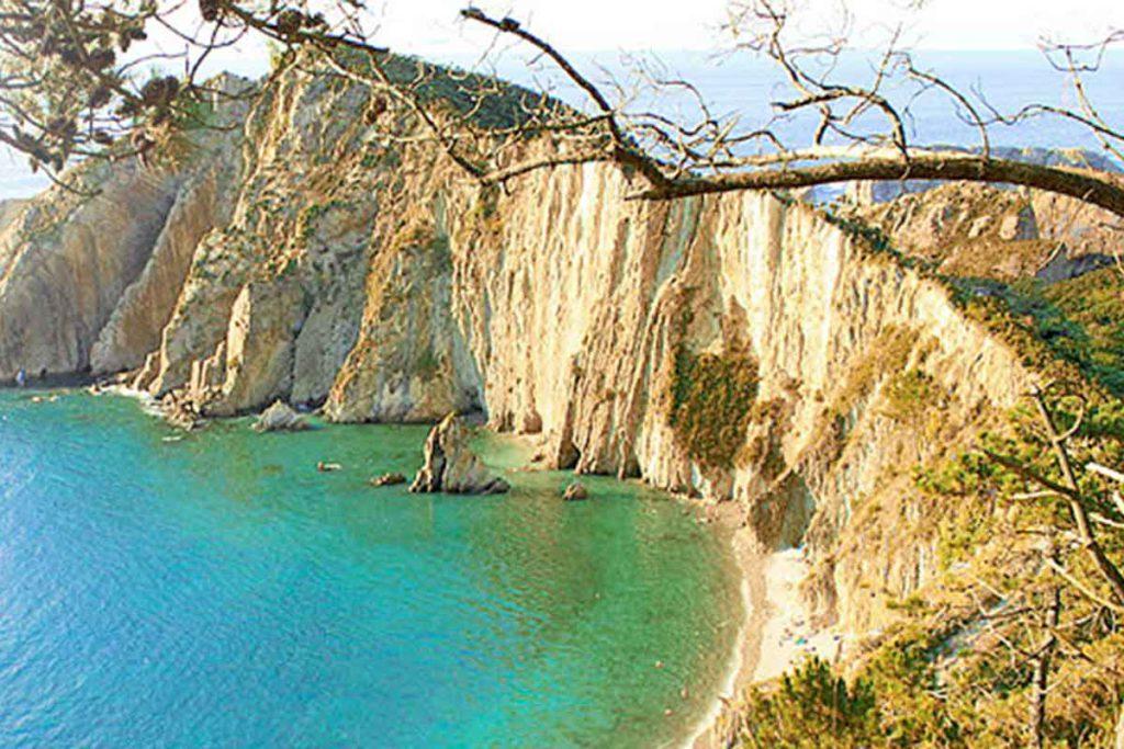 La playa del Silencio, una de las más bellas de España (playadelsilencio.es)