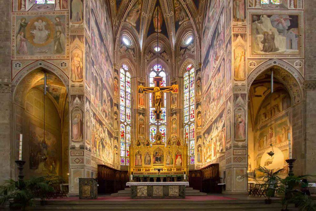 Es espectacular la decoración de la Iglesia de la Santa Croce (iStock)
