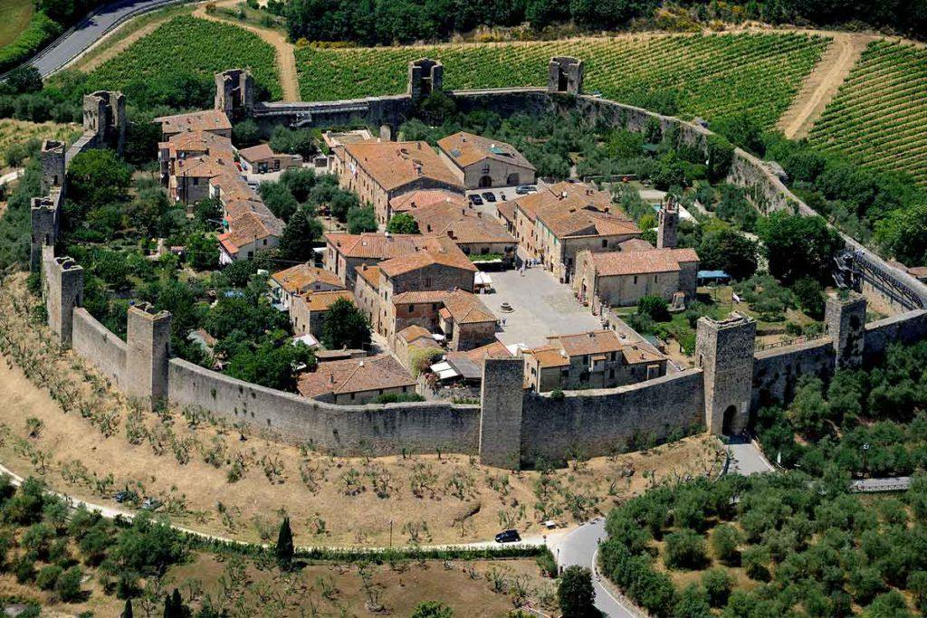 Monterrigioni está prácticamente intacto (iStock)