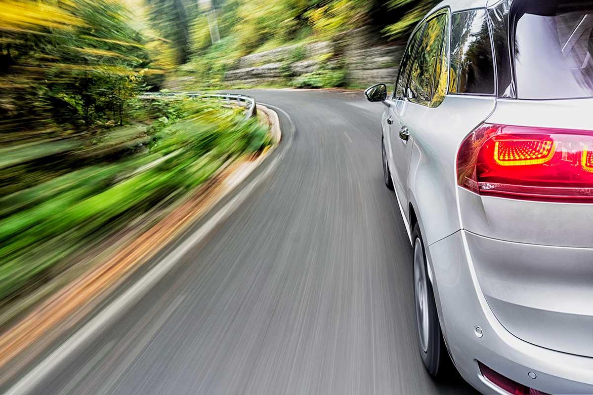 Respeta los limites de velocidad (iStock)