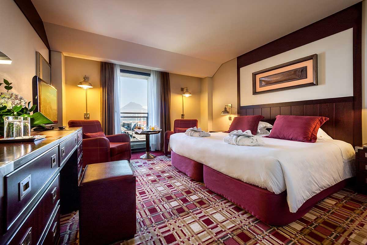El Hotel do Canal es una interesante opción para dormir en Horta (bensaude.pt)
