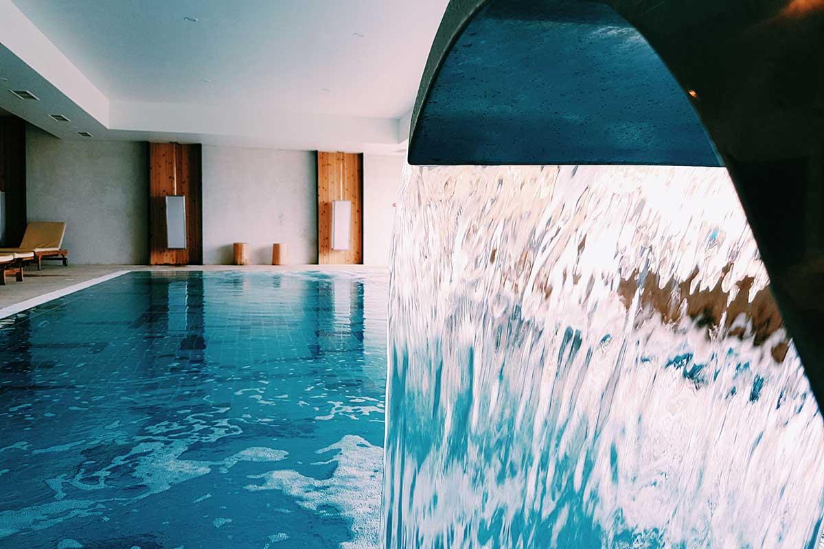 El complejo Pedras do Mar Resort & Spa es uno de los mejores hoteles de Azores (pedrasdomar.com)