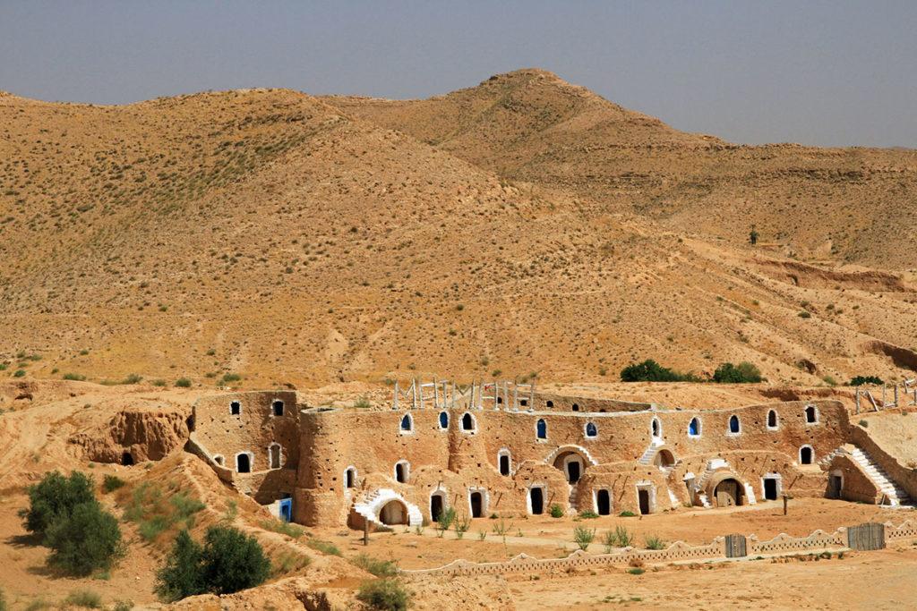 Hay muchos tipos de desiertos en Túnez, por ejemplo, el desierto rocoso de Matmata (iStock)