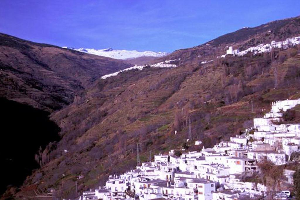 La Alpujarra granadina es uno de los rincones que no te puedes perder (andalucia.org)