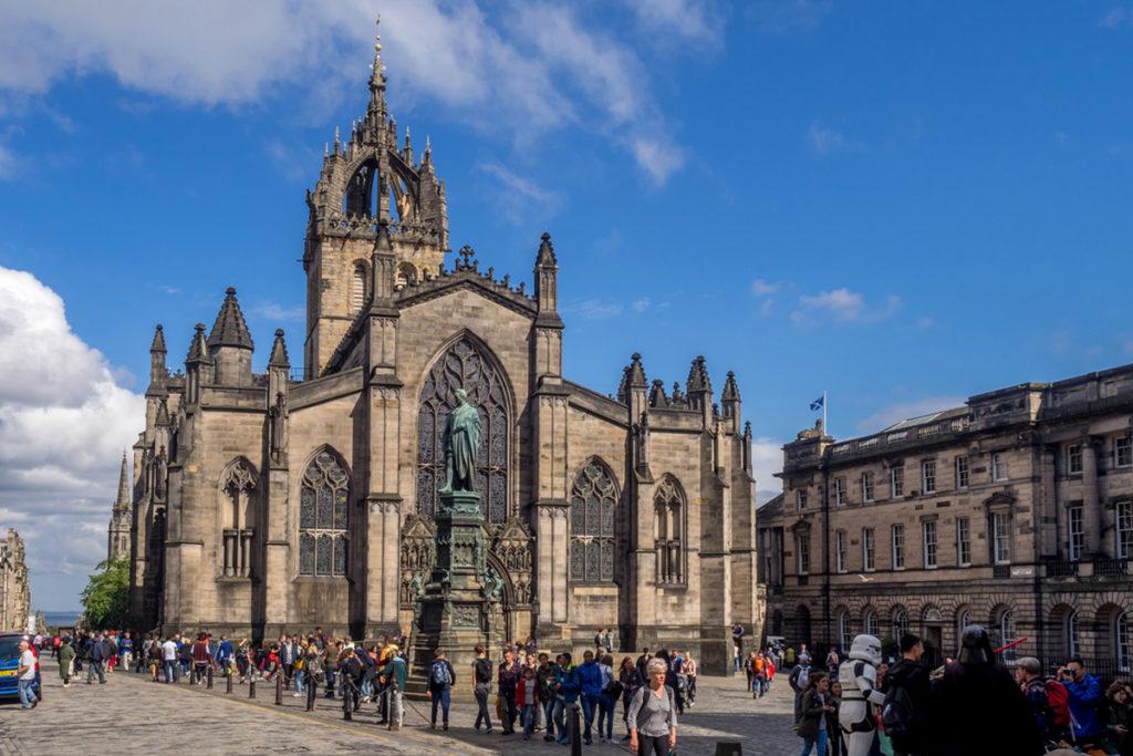 La catedral de San Giles es famosa porque John Knox dio el primer sermón de la Reforma (iStock)