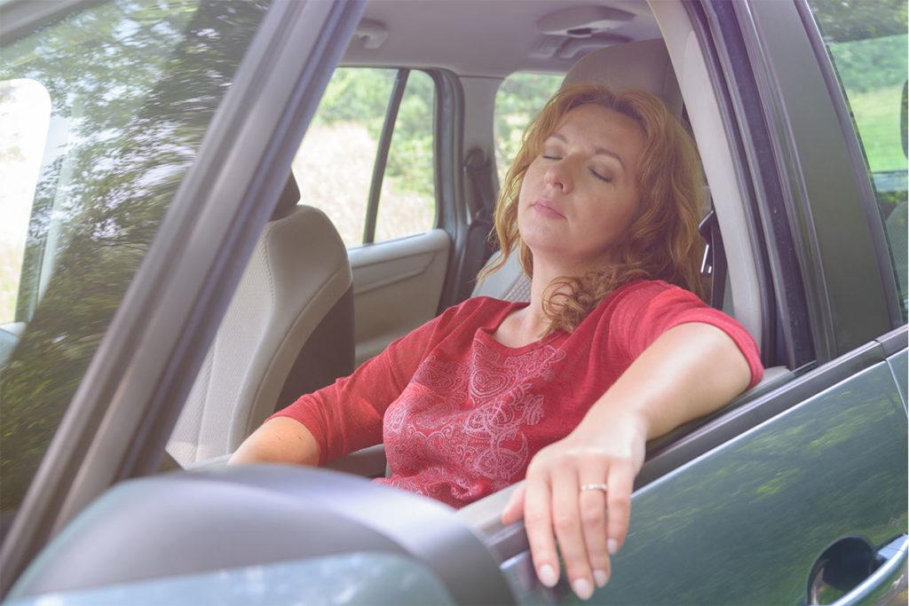 Da igual dónde vayas o lo tarde que llegues, si te entra sueño hay que parar (iStock)