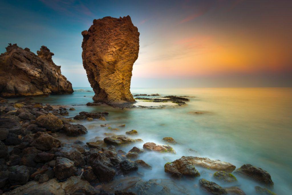 Atardecer en la Playa del Sombrerico en Mojacar, Almería ((iStock))
