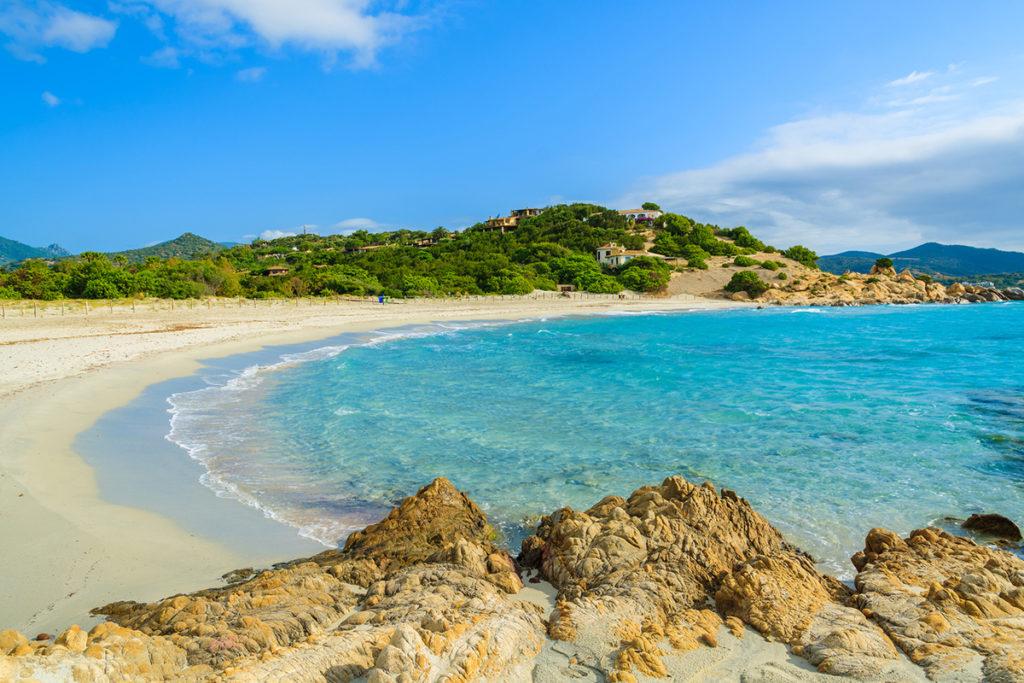 Spiaggia dei Due Mari, Cerdeña (iStock)