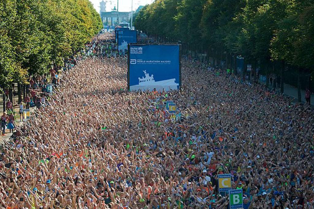 El récord del mundo de maratón lo conquistó Kipchoge en la edición de 2018 del Maratón de Berlín (bmw-berlin-marathon.com)