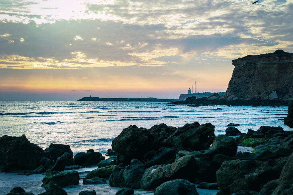 Faro de Cabo Roche (iStock)