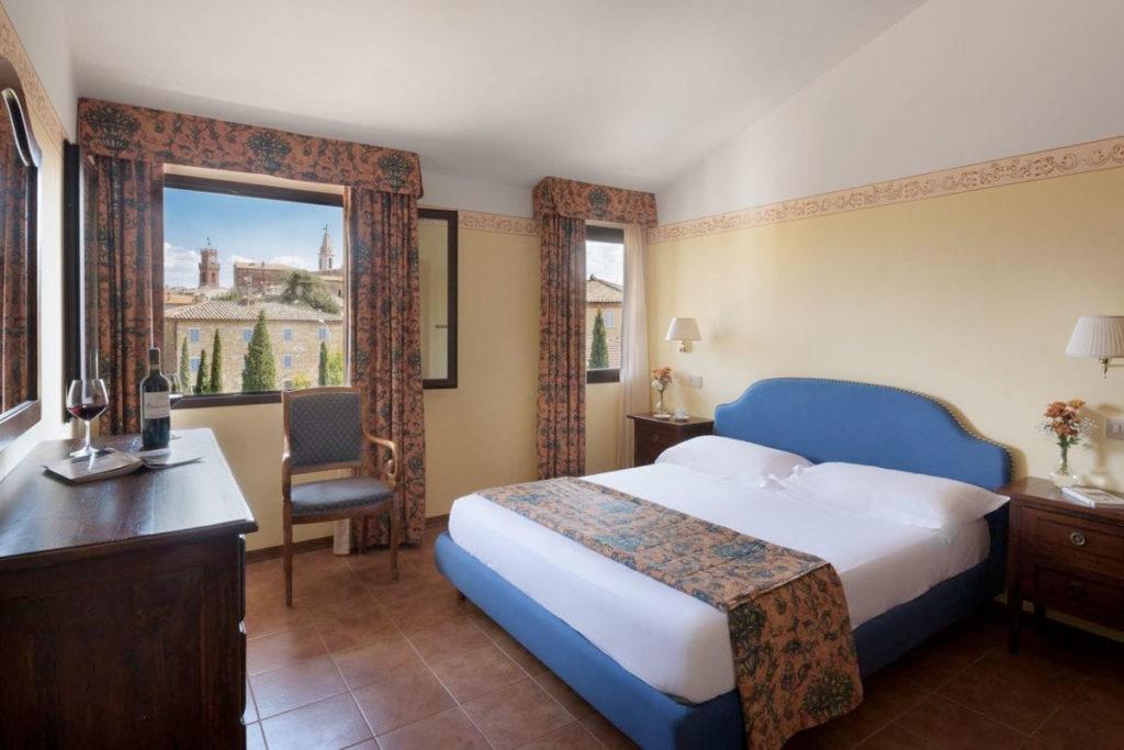 Una residencia de estilo toscano alberga este hotel (sangregorioresidencehotel.it)
