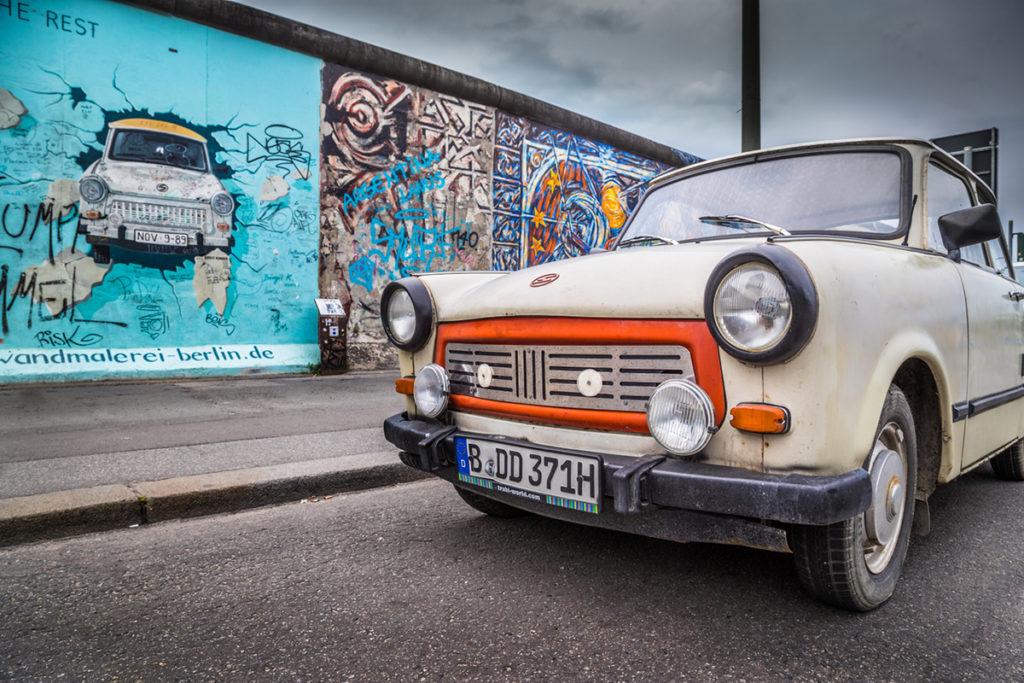 Visitar la ciudad en Trabant (iStock)