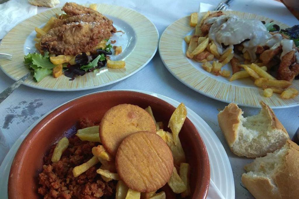 Comida clásica y casera en la Sidrería La Panoya (https://www.facebook.com/pages/La-Panoya)