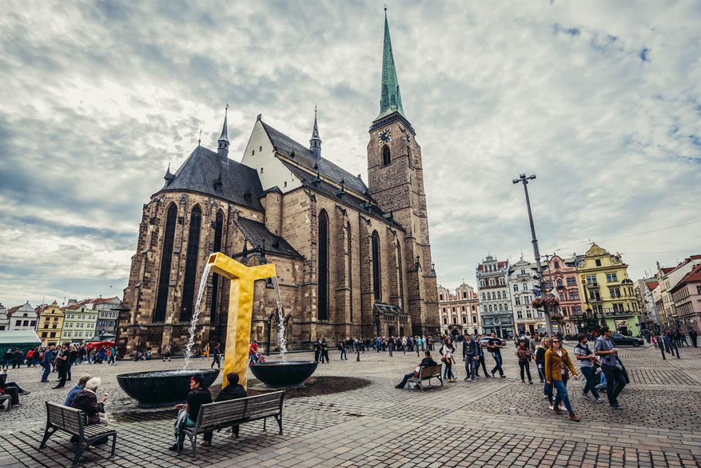 Catedral de San Bartolomé. En 2015, Pilsen fue nombrada capital europea de la cultura (iStock)