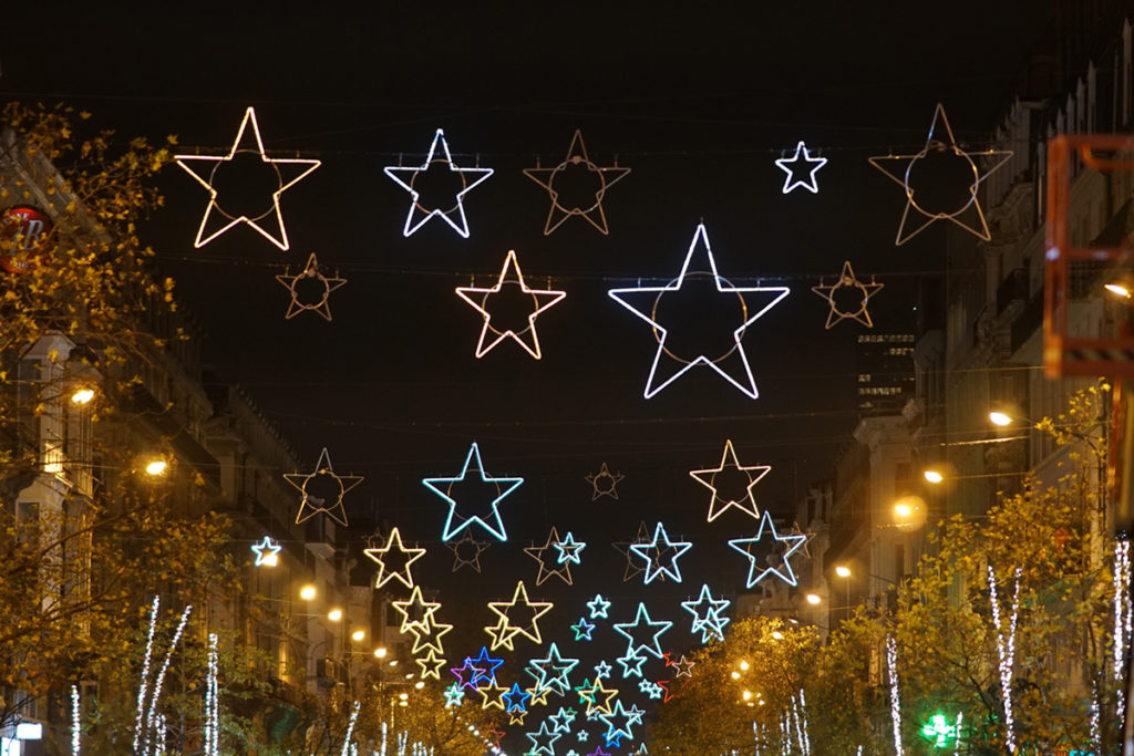 Luminarias navideñas (iStock)