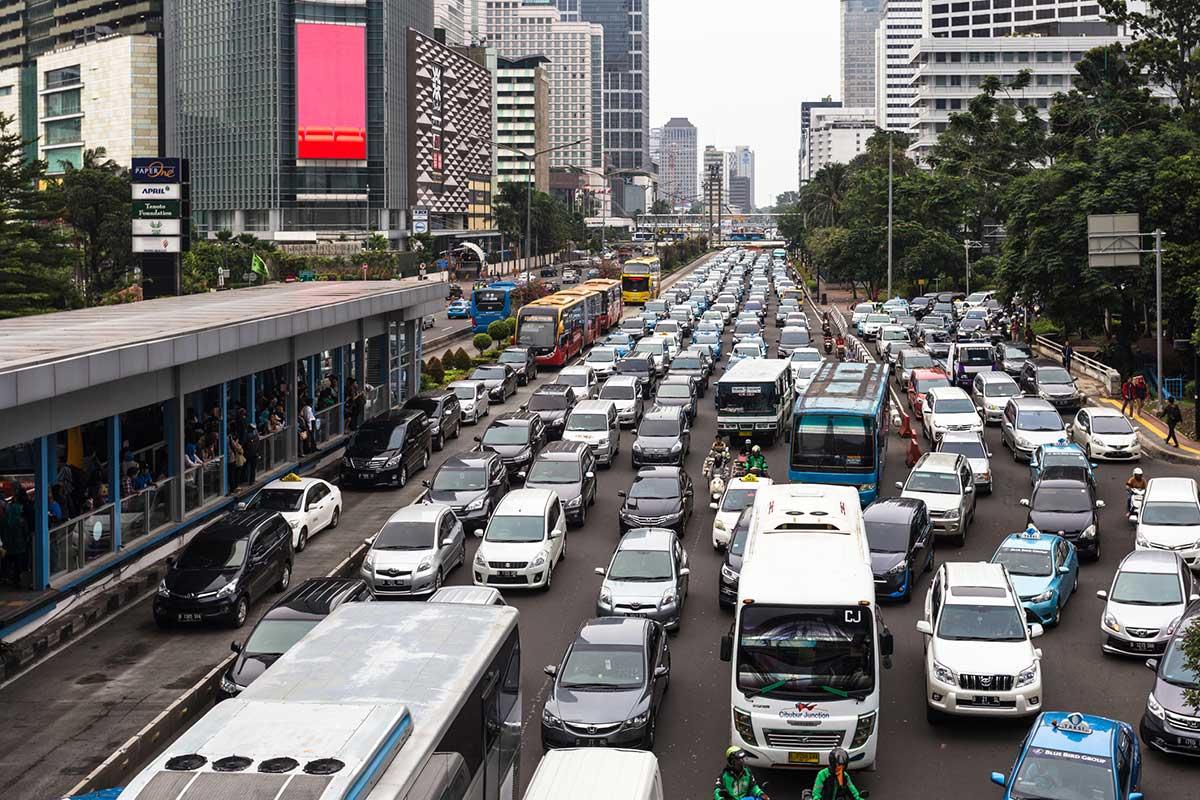 como conducir en indonesia