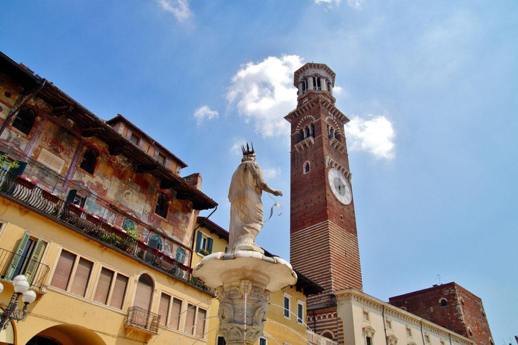 Torre dei Lamberti (iStock)