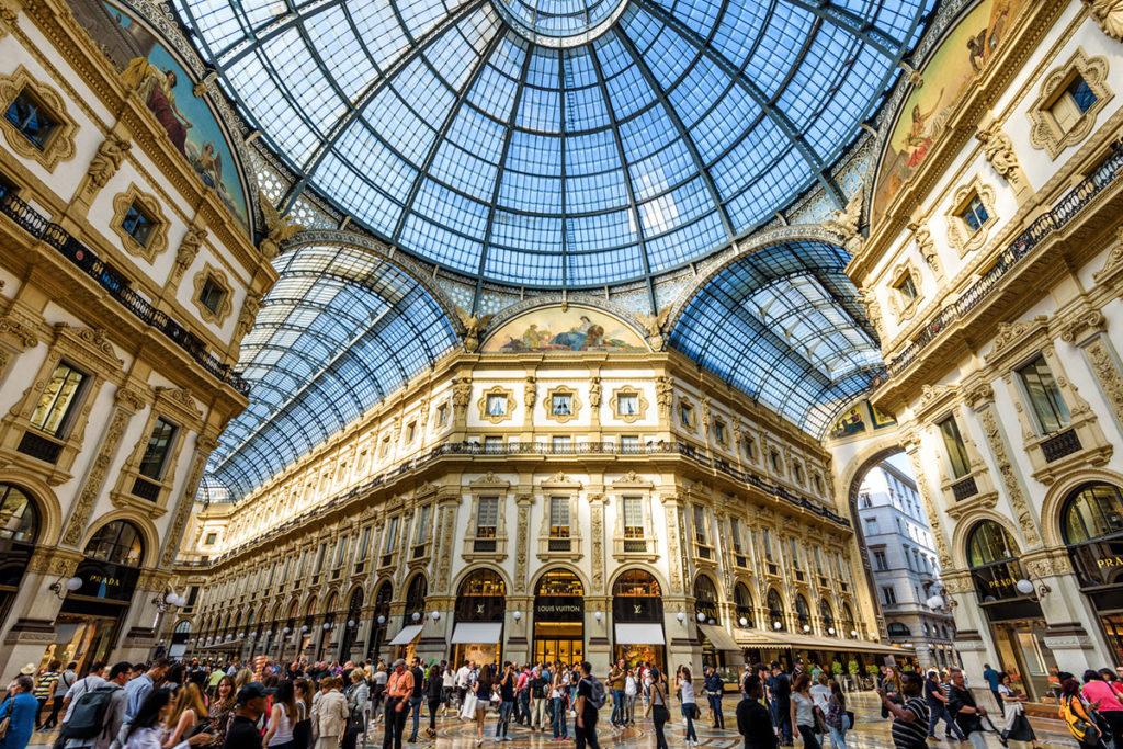 La Galería Vittorio Emanuele II comunica la Scala con el Duomo (iStock)
