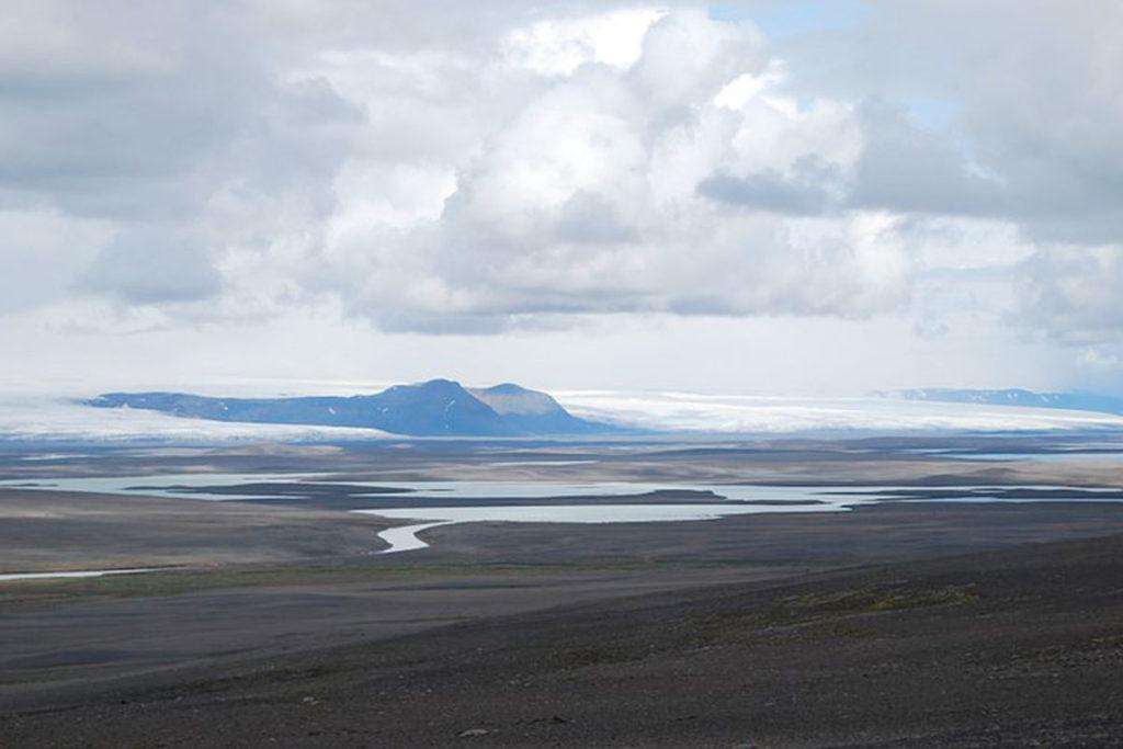 El Hofsjökull es el tercero más grande de los glaciares en Islandia (Chmee2 – commons.wikimedia.org)